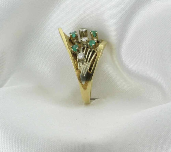 Emerald and Diamond Cocktail Ring; 1960's Cocktai… - image 5