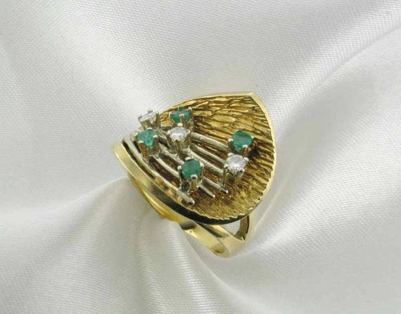 Emerald and Diamond Cocktail Ring; 1960's Cocktai… - image 2