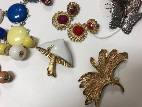 Recycle Jewelry Pins Broken Jewelry For Crafts Necklaces Butterfly Pin Bits and Pieces of Costume Jewelry Earrings Up Cycle Jewelry