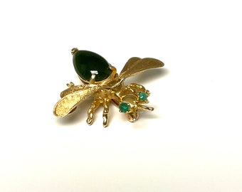 Yellow Gold Jade and Emerald Bug Brooch, Bug Pin, Vintage Bee Pin, Bee Pin, Vintage Yellow gold Pin