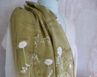 Delicate Daisies silk scarf