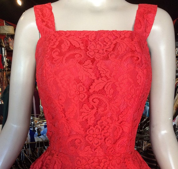 1950s Red Lace Dress Large with Bolero and Circle… - image 7
