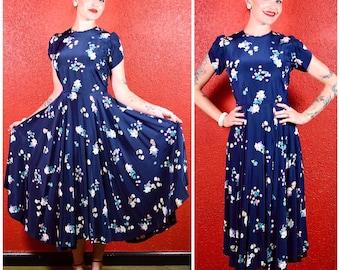 1930s 40s Blue Rayon Circle Skirt Novelty Print Dress