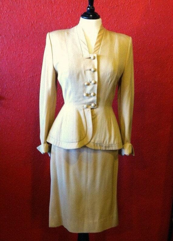1950s Lilli Ann New Look Suit Golden Gabardine Med