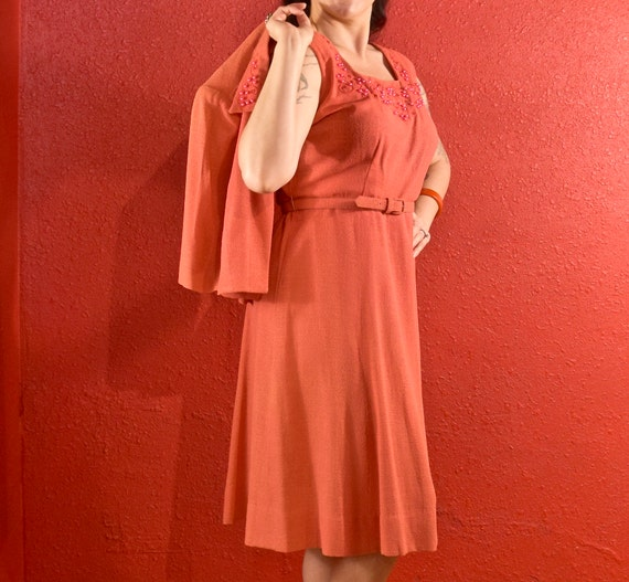 1940s Dress and Bolero Large Coral Dyed Pearls - image 9