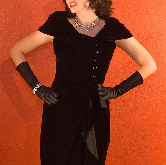 1950s Suzy Perette Dress Black Velvet Draped Shea… - image 9