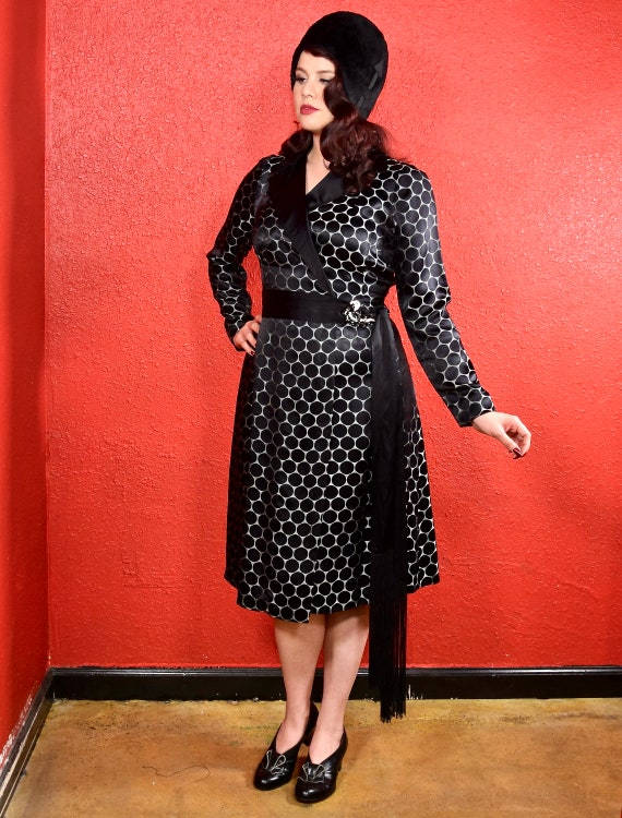 1920s Black Dot Silk Shift Chemise Dress - image 7
