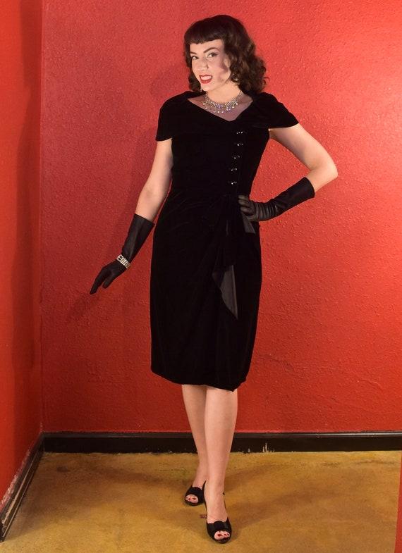 1950s Suzy Perette Dress Black Velvet Draped Shea… - image 4