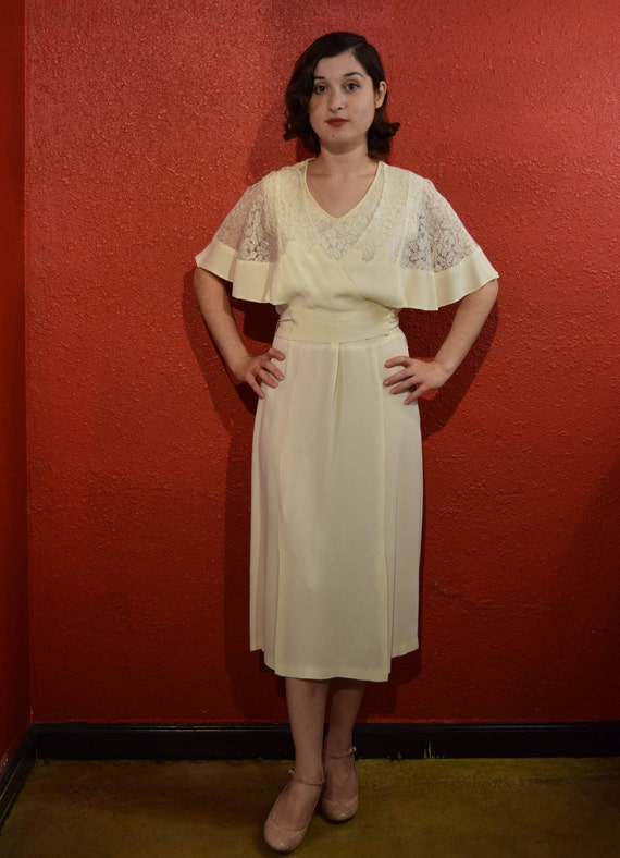 1920s 30s Style Vintage Crepe and Lace Dress Deco