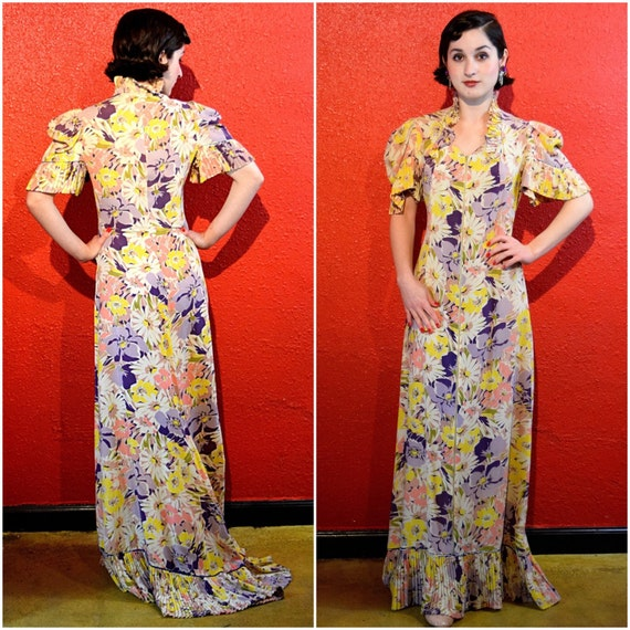 1930s 40s Dress Crepe Floral Old Hollywood Pleated