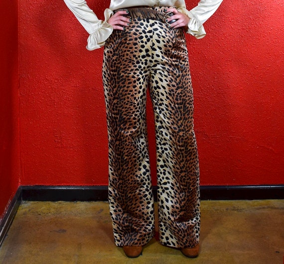 1960s 70s Leopard Print Wide Leg Pants - image 8