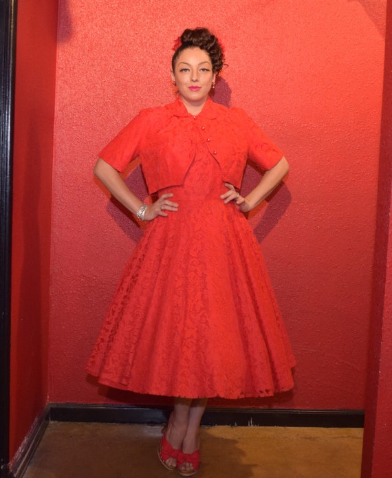 1950s Red Lace Dress Large with Bolero and Circle… - image 9