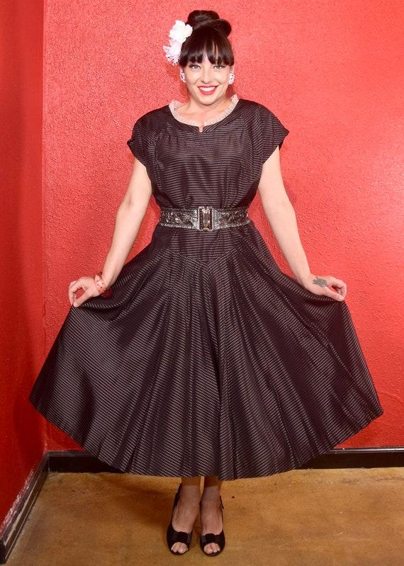 1950s Large Taffeta Black & Pink Full Skirt Dress