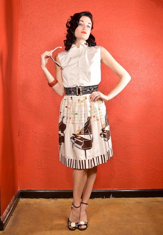 1950s Novelty Print Golden Candelabra Skirt - image 4