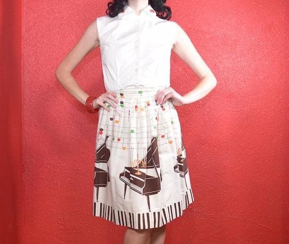 1950s Novelty Print Golden Candelabra Skirt - image 5