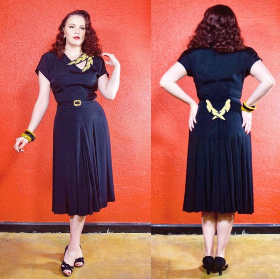 1940s Black Crepe Dress Soutache Detail Keyhole Ne