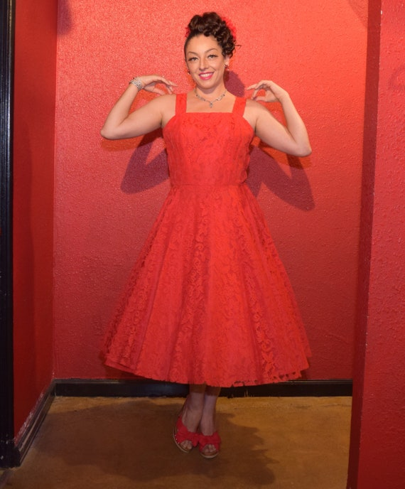 1950s Red Lace Dress Large with Bolero and Circle… - image 2