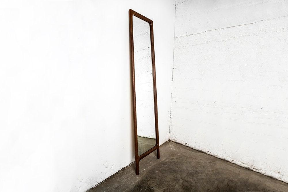 Pieno lunghezza specchio camera da letto met del secolo for Crea la tua camera da letto