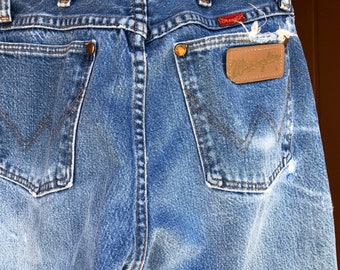 a80db6922 Vintage Wrangler Jeans, High Waisted Mom Jeans, Distressed Working Jeans,  Western Wrangler Faded High Waisted Jeans, 26
