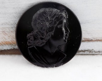 Art Nouveau Cameo Pin , Black Glass Brooch , Mourning Glass Pin , Mourning Jewelry , Glass Jewelry , Victorian Jewelry , Victorian Brooch