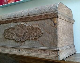 Vintage sewing box lid