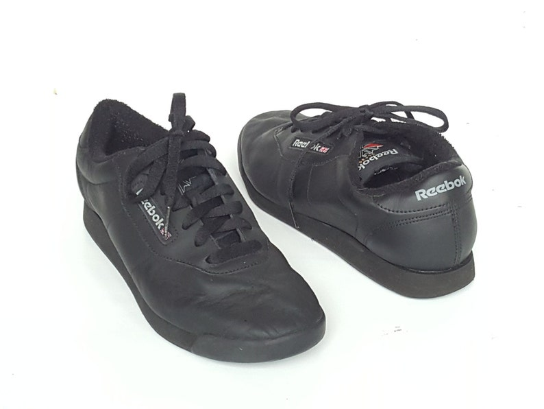 30bbc02a570649 90s Leather REEBOK CLASSIC Sneakers • Vintage Black Running Aerobic Shoes •  Womens sz usa 8.5 • uk 6 • eur 39 • cm 25.5 • Made in Indonesia