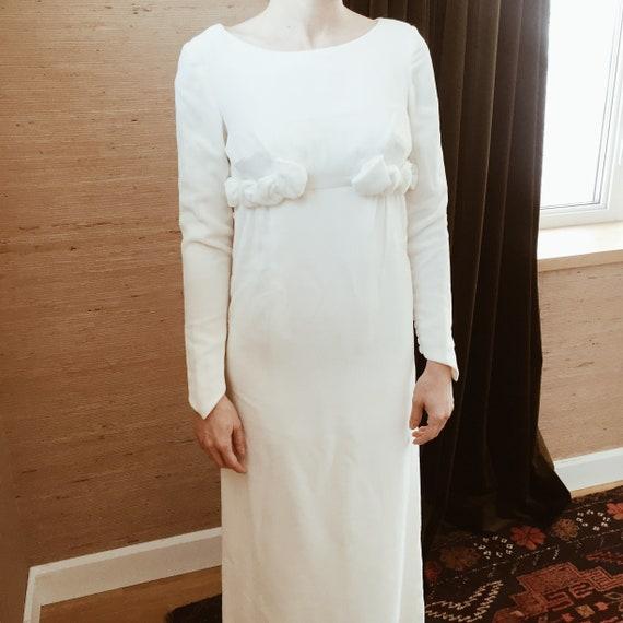 Va-va-velvet Winter Wedding Dress