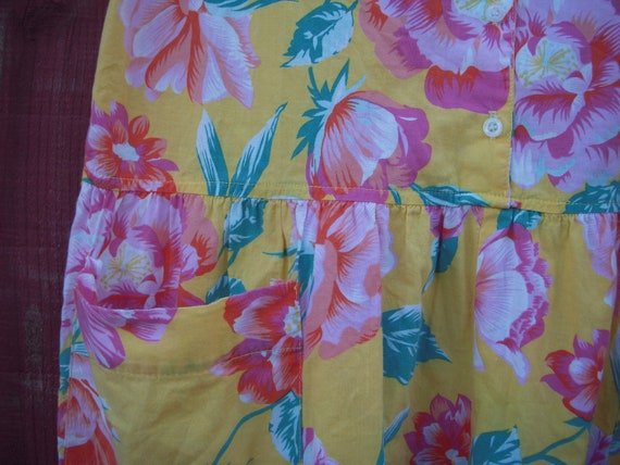 Vintage Tropical Floral Jumpsuit Romper - image 4