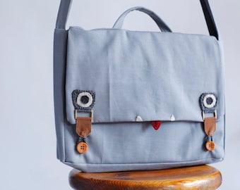 grey messenger Bag, Laptop messenger Bag, Men messenger Bag, Vegan Messenger Bag, School Messenger Bag, Cute Messenger Bag, Back to School