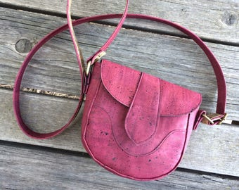 Red Vegan Crossbody Bag / Vegan Leather Bag / Cork Crossbody Bag / Cork Purse /Festival Bag/Small Crossbody Bag / Mini Purse