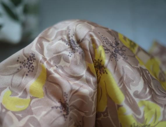 Soviet vintage brown yellow floral print nylon un… - image 7