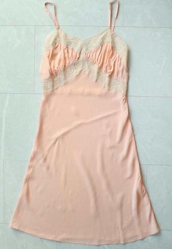 Vintage pink lace trim underwear chemise night go… - image 4
