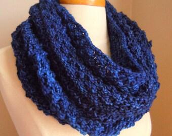 Merino wool long cowl - blue