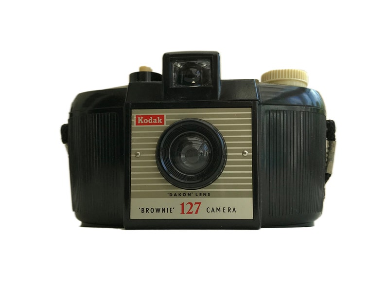 Vintage Kodak 127 Brownie Camera, for the photography collector, for  display, working order unknown  1950s