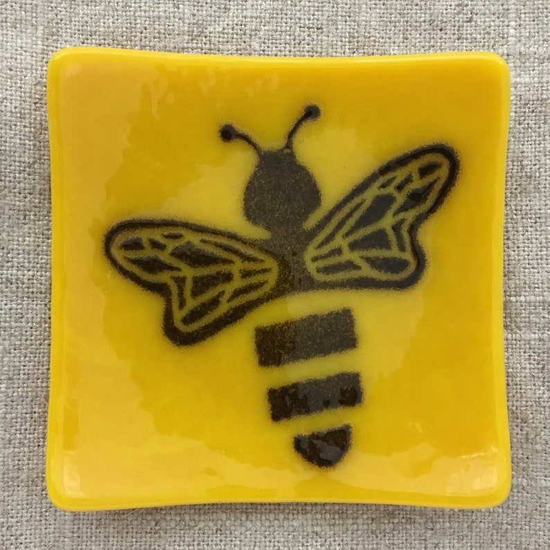Honey Bee Eco-friendly Fused Glass Plate image 0