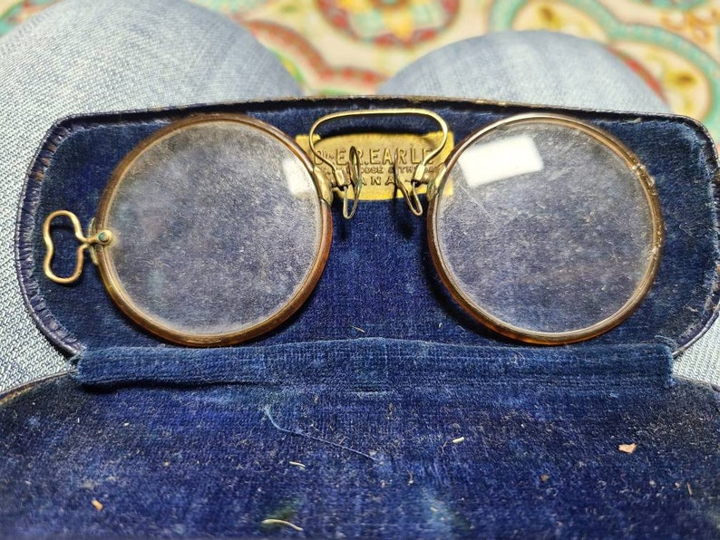 Antique Eyeglasses Eye Wear with Magnifying Lenses Prince Nez Style Armless in Case from Urbana Ohio