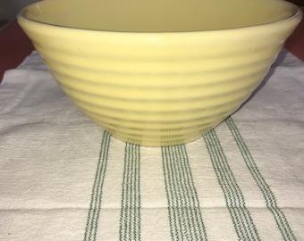Vintage Bauer Ringware Yellow #18 Nesting Mixing Serving Bowl-EXC!
