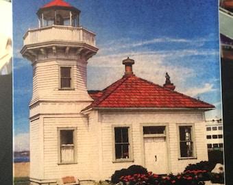 Glass Cutting Board - Mukilteo Lighthouse 7.75in  x 10.75in