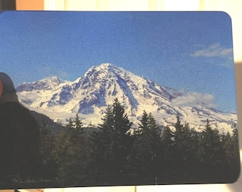 Mount Rainier - Glass Cutting Board - 7.75in  x 10.75in