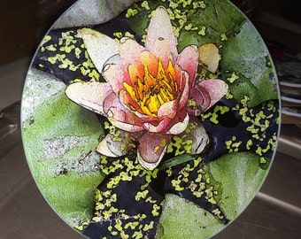 Round Glass Cutting Board - Pink Lily  -  8 inch