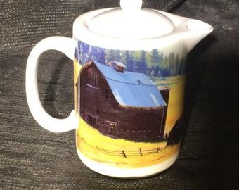 Highway 97 Barn: Teapot - Creamer - Gravy Pitcher