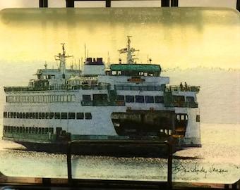 Ferry Spokane Glass Cutting Board 7.75in  x 10.75in