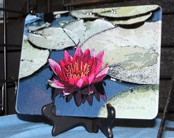 Glass Cutting Board - Red Lily  7.75in  x 10.75in