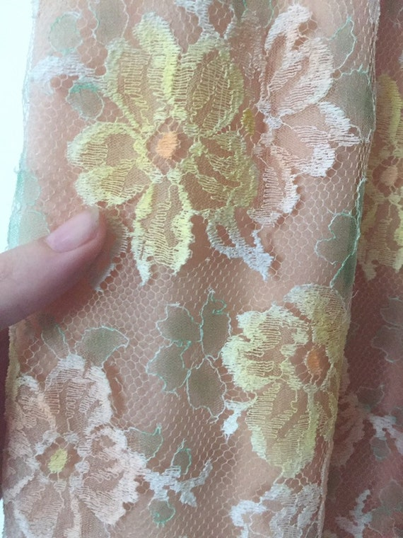 50's Chiffon Illusion Dress with Pastel Lace - image 9