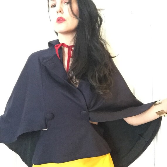 20's Wool Capelet with Trapunto Trim