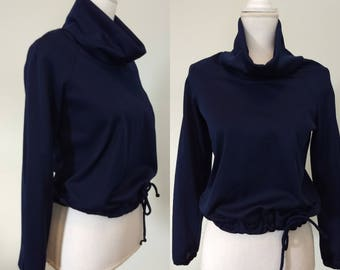 Vintage sporty cowl neck with detailed back / S