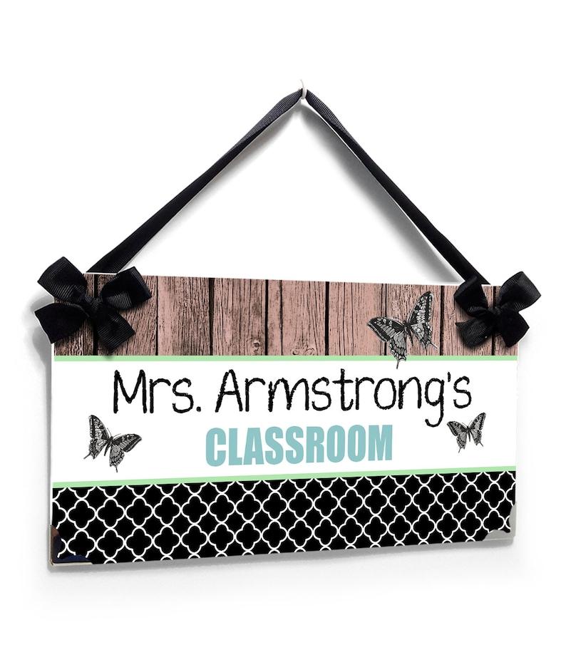 Personalizable Black and White Butteflies Theme Teacher Classroom decor PP79