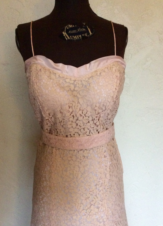 Oh so Sweet Vintage 1930's Pale Pink Lace Evening… - image 4