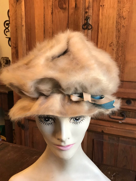 1960's Styled by Coralie Tan Fur Hat - image 3