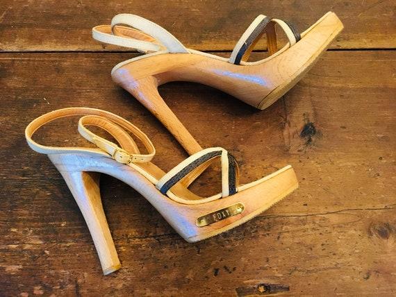 1970's Foxy Wood platform ankle strap high heel sh